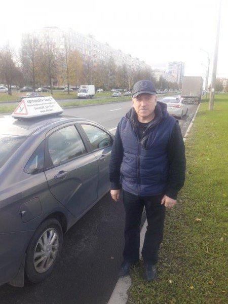 Инструктор Бурмистров Владимир Иванович